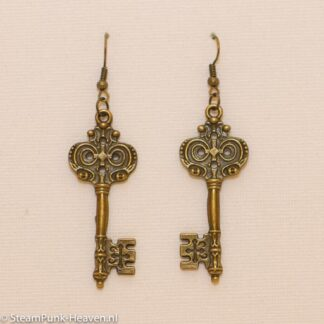Steampunk oorbellen 46, kleur brons