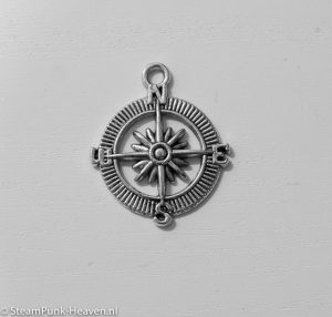 Steampunk kompas , kleur zilver