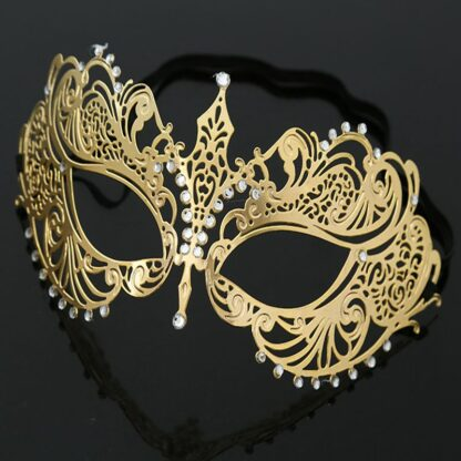 Masque 1, filigraan masker van metaal