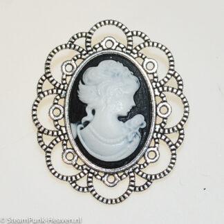 Steampunk broche 43, kleur antiek zilver