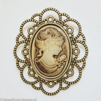 Steampunk broche 46, kleur brons met camee