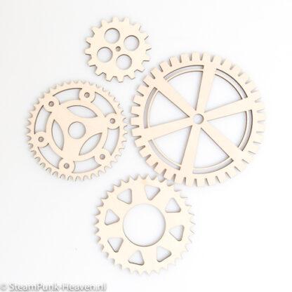Steampunk tandwielen set Bentley, hout, 4 stuks