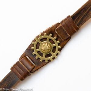Steampunk leren armband 116 met tandwiel