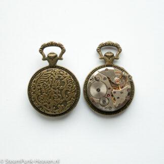 Steampunk klok 17, uurwerk in bronzen zakhorloge