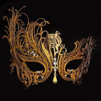 Masque 18 is een filigraan masker van metaal