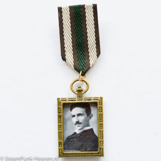 Steampunk medaille Nikola Tesla